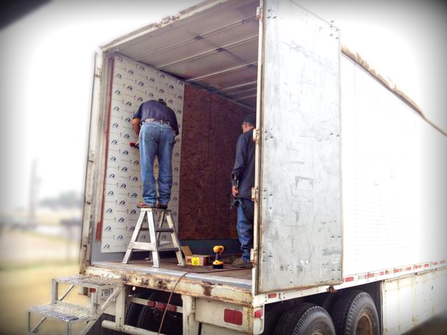 Mobile kitchen trailer 1